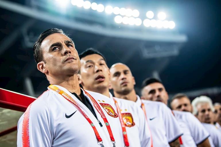 Fabio (in primo piano) e Paolo (sullo sfondo) Cannavaro al Guangzhou Evergrande