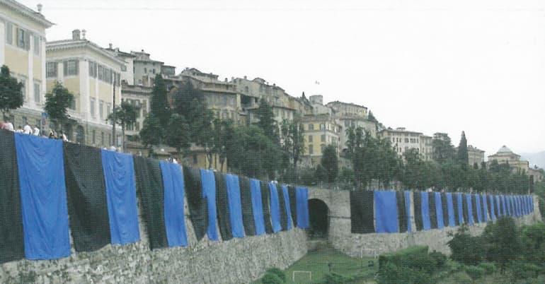Le mura nerazzurre per il centenario della nascita dell'Atalanta (Foto: Atalanta.it)