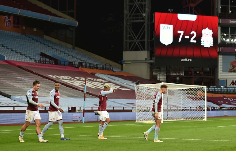 Surreale al Villa Park (Foto Peter Powell/Pool/Getty Images - OneFootball)
