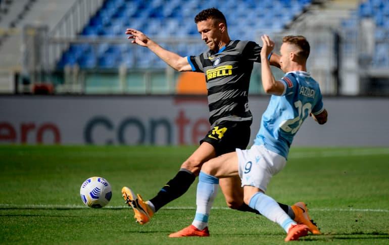 Lazio-Inter Uno dei tanti duelli tra Perisic e Lazzari (Foto: Filippo Monteforte/AFP via Getty Images)