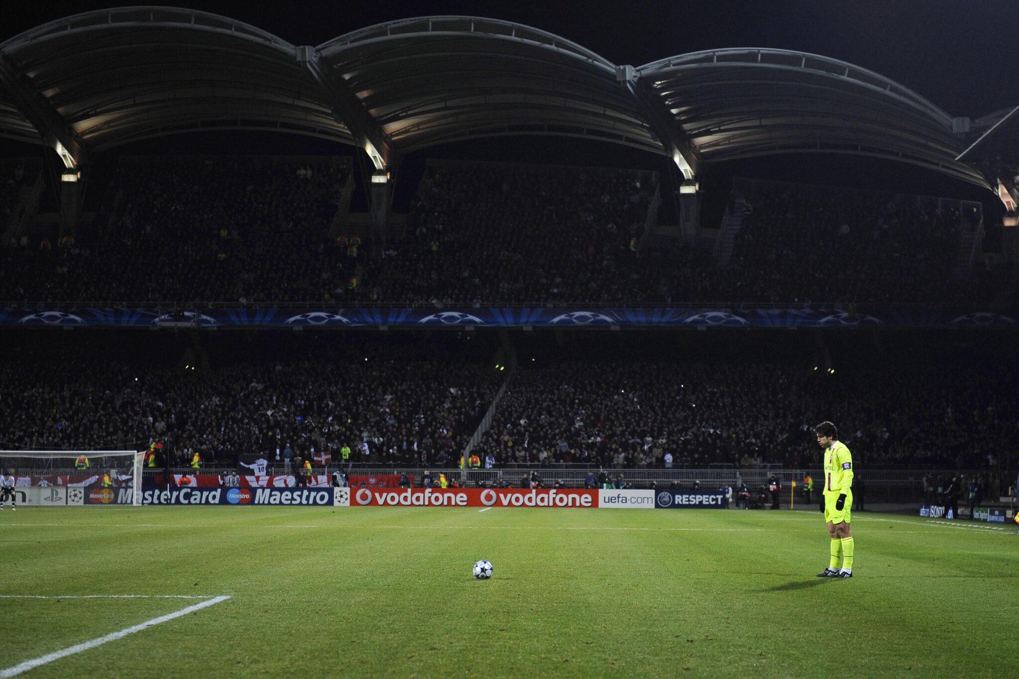 Juninho vs Barcellona - Foto Fred Dufour AFP via Getty Images OneFootball