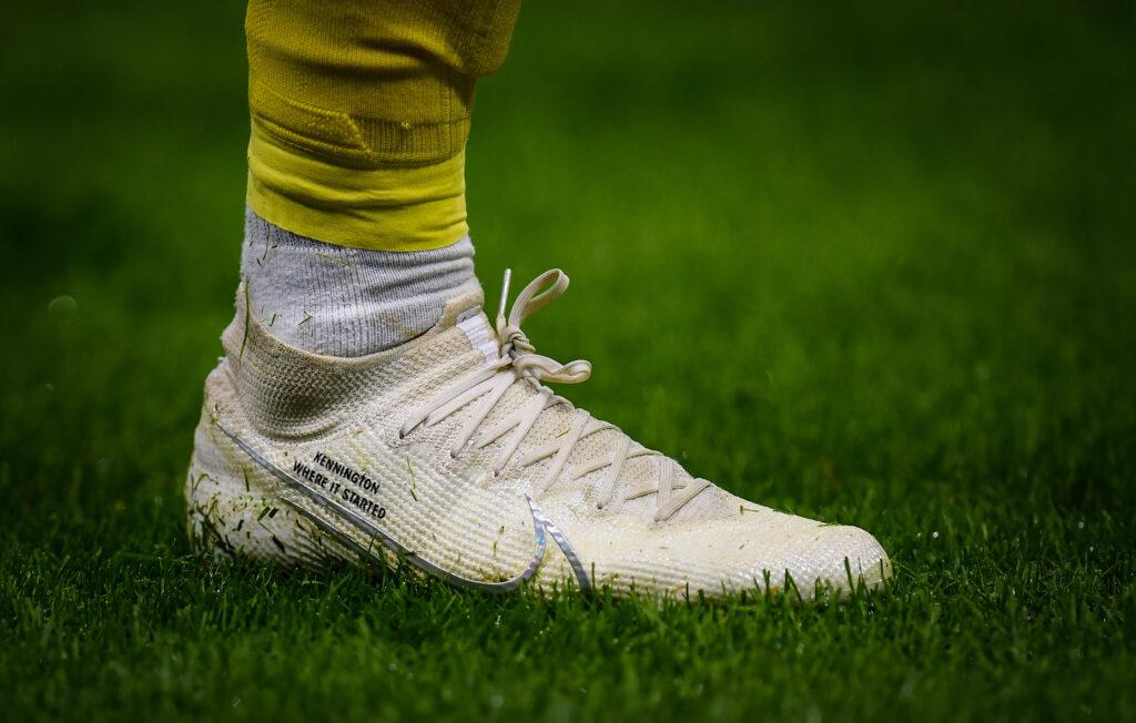 Il dettaglio delle scarpe di Sancho