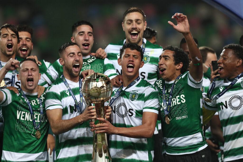 Lo Sporting festeggia la vittoria della Taca da Liga