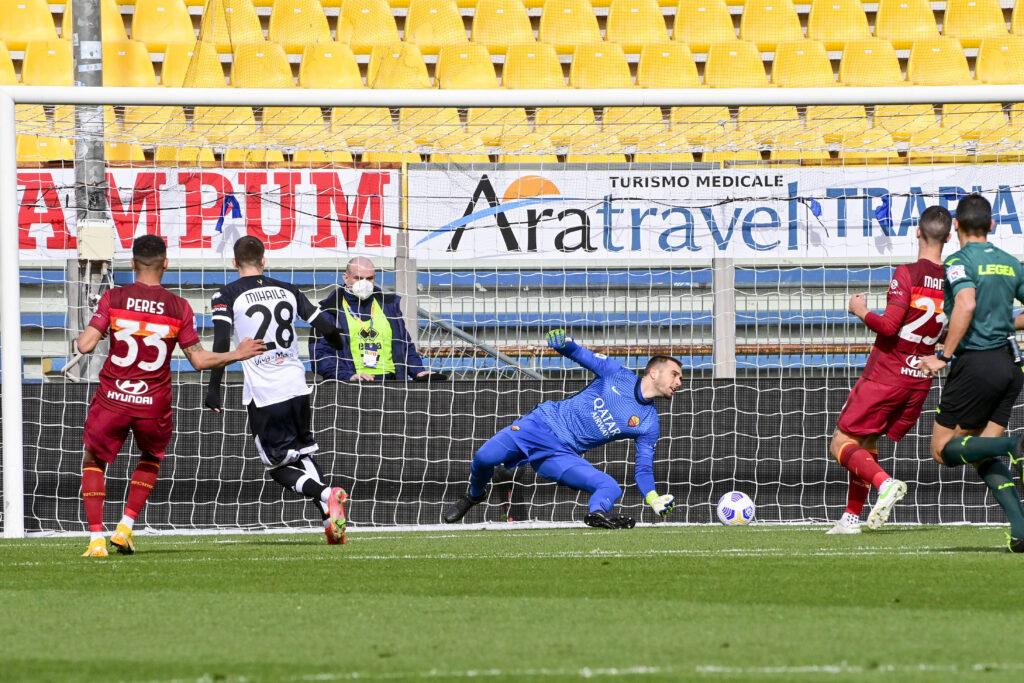 Mihaila segna il gol del vantaggio contro la Roma