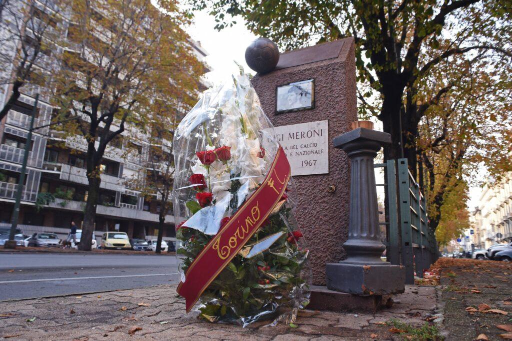 Il monumento alla memoria di Gigi Meroni