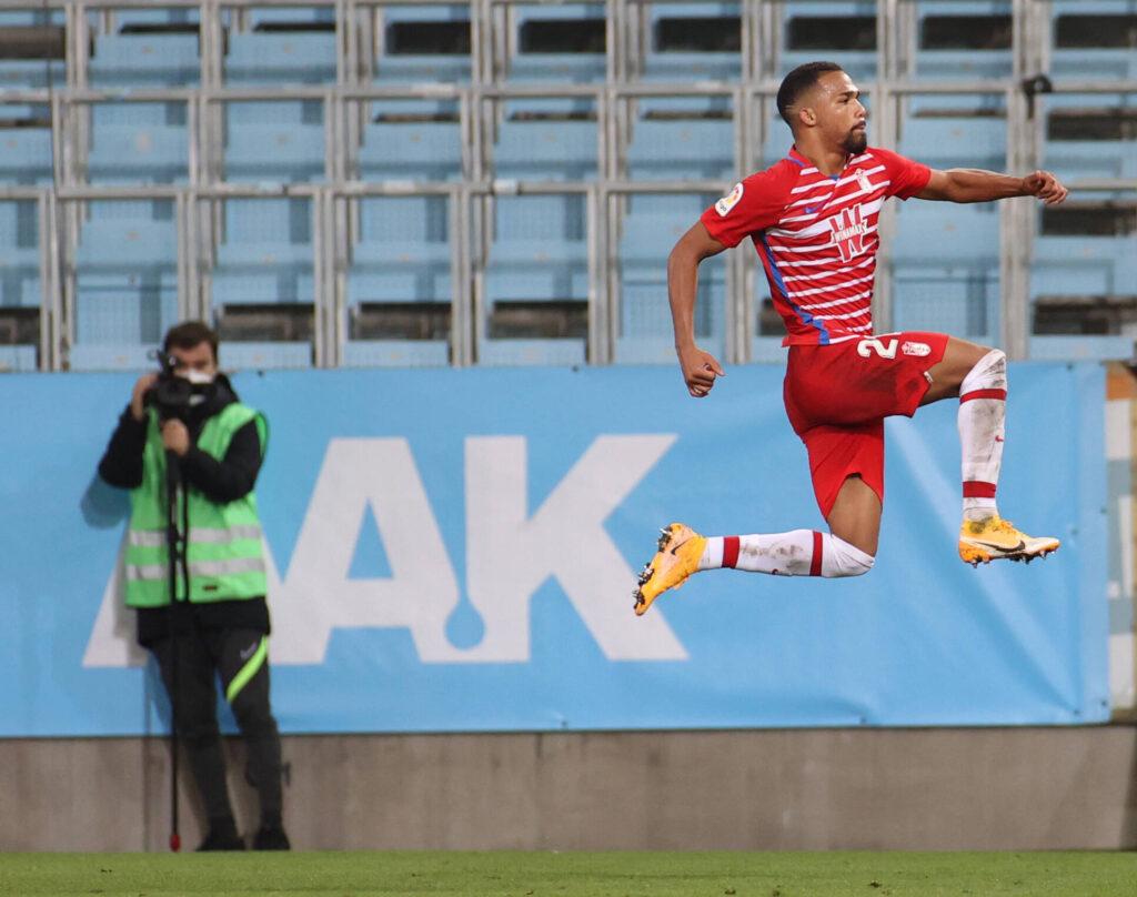 Yangel Herrera esulta al gol contro il Malmo