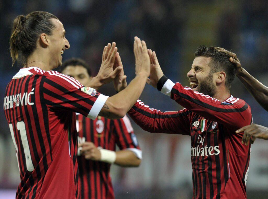 Antonio Nocerino e Ibrahimovic festeggiano un gol con la maglia del Milan