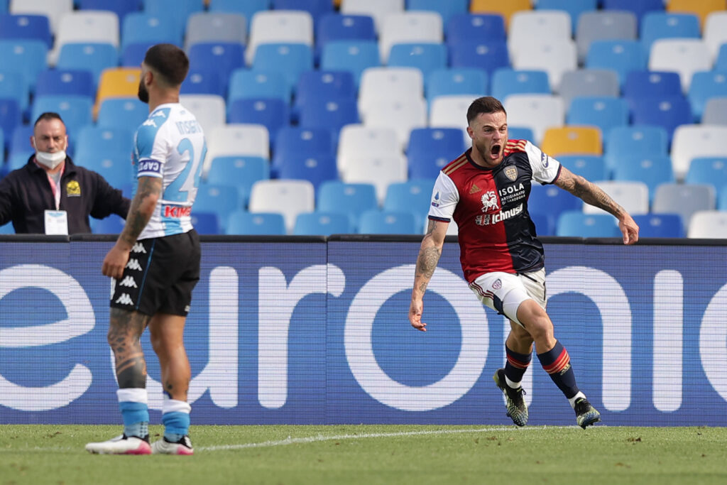 Nandez festeggia dopo il gol al Napoli