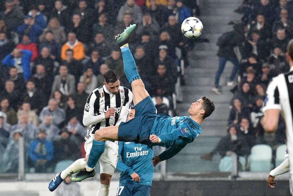 La rovesciata di Cristiano Ronaldo contro la Juventus