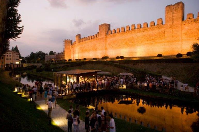 Spritz sotto le mura a Cittadella