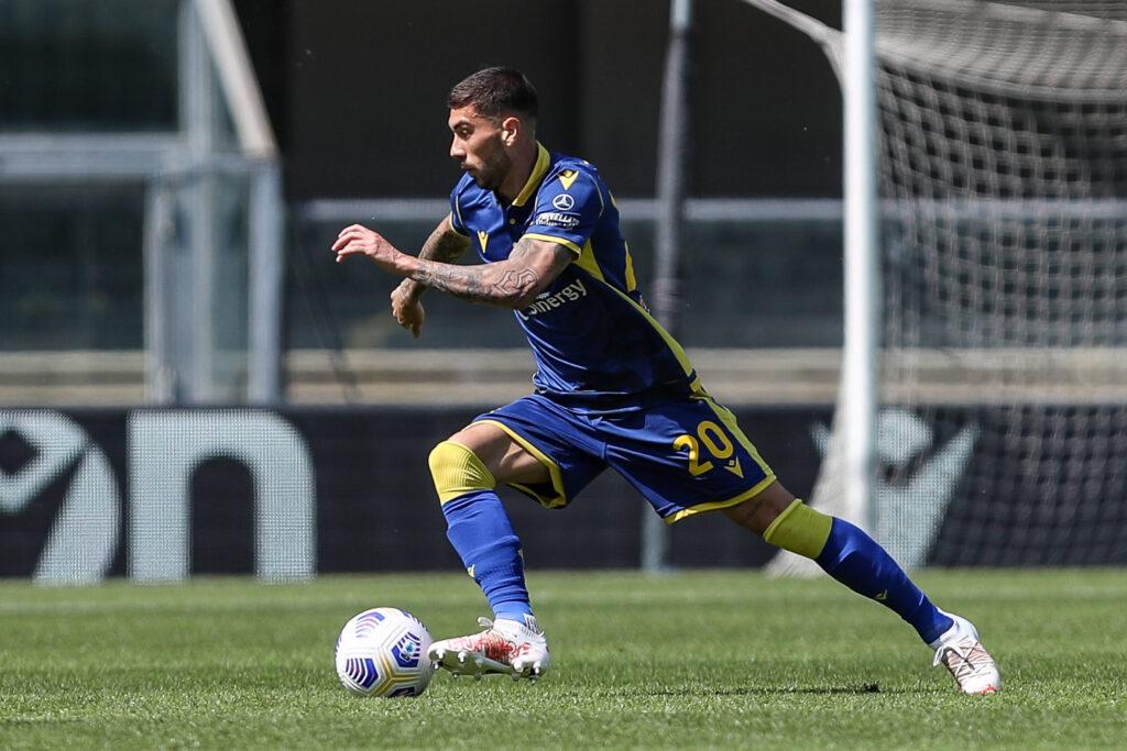 Zaccagni in conduzione palla nella partita contro il Torino
