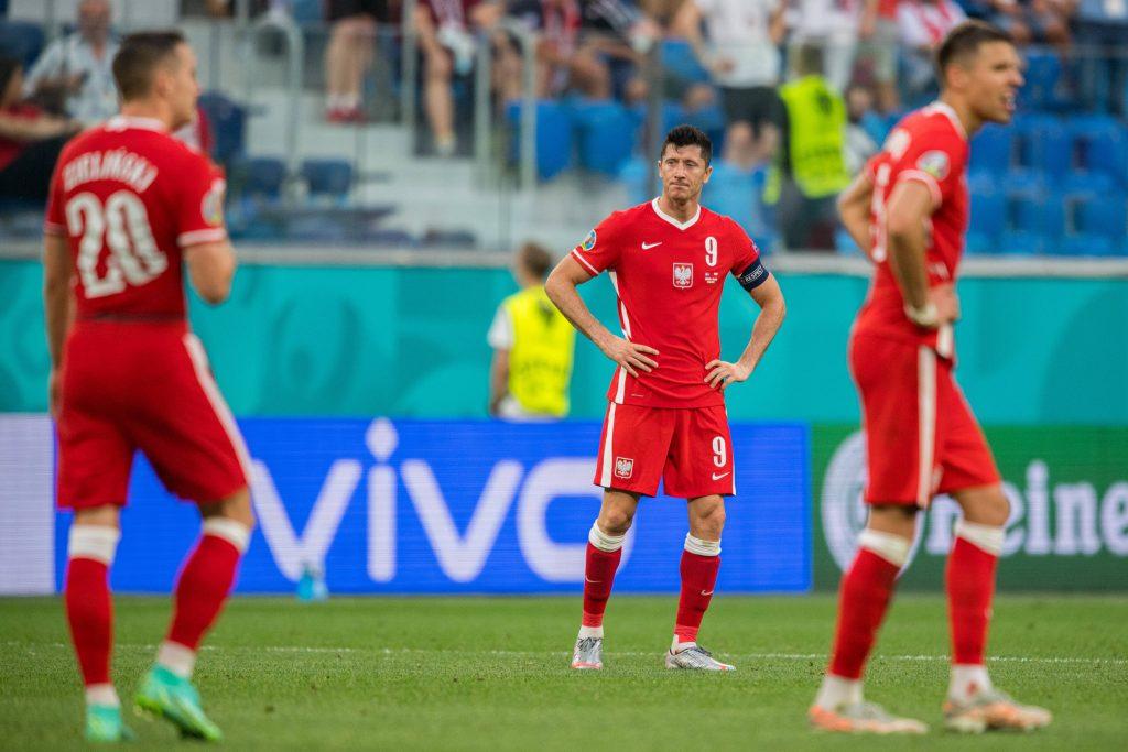 Robert Lewandowski dopo l'eliminazione della Polonia
