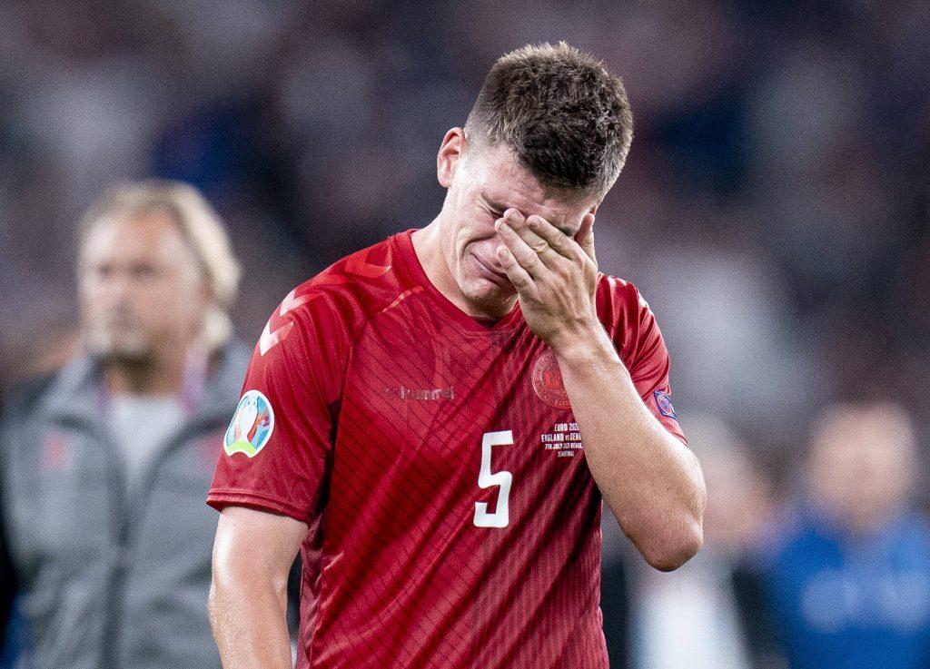Maehle in lacrime dopo l'eliminazione contro l'Inghilterra