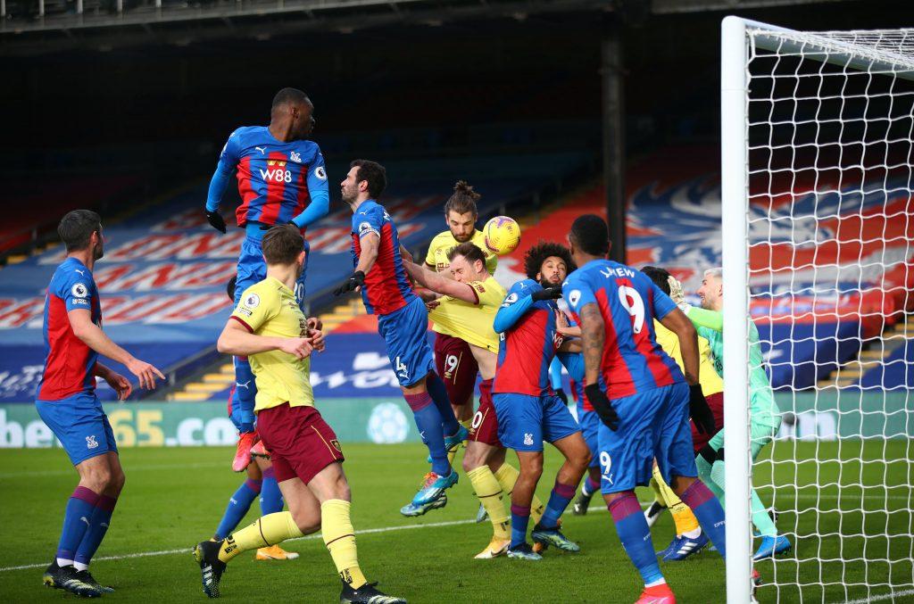 Palace e Burnley si affrontano in un match di Premier League