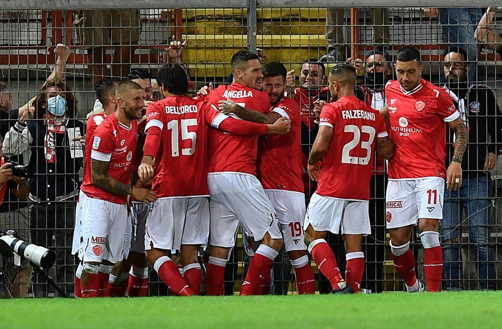 Il Perugia festeggia il gol con l'Ascoli