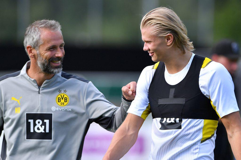 Rose e Haaland sorridono insieme in allenamento