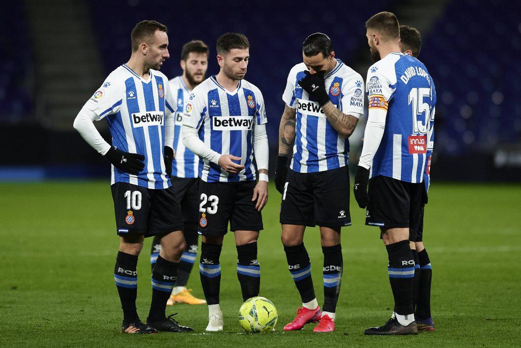 Raul de Tomas insieme ai compagni di squadra