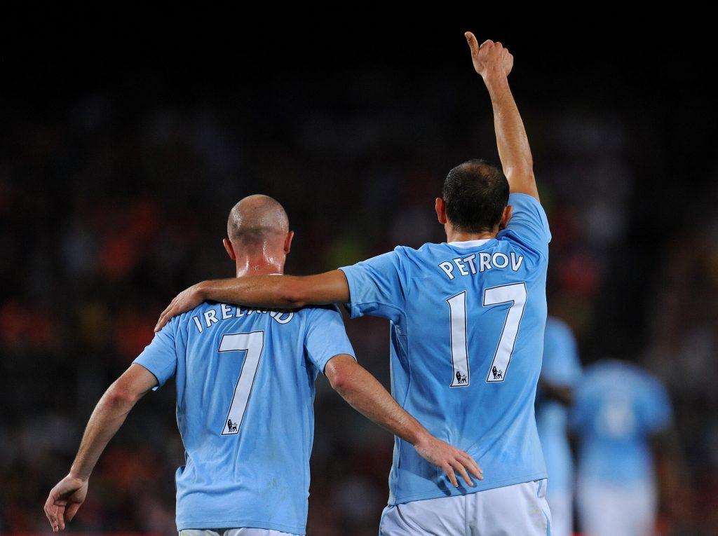 Ireland e Petrov con la maglia del Manchester City