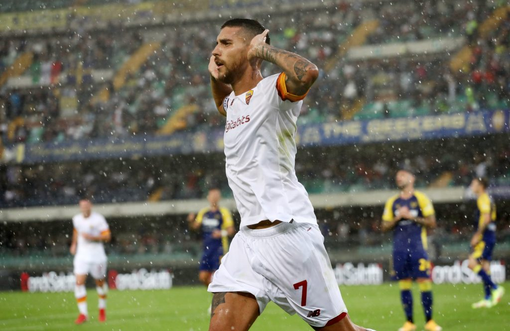 Il capitano della Roma esulta dopo il gol al Verona